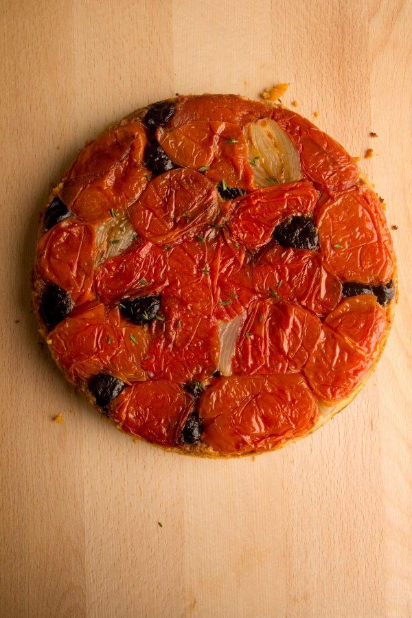Tomato upside down cake
