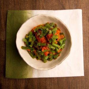 Spiced green beans with tomato