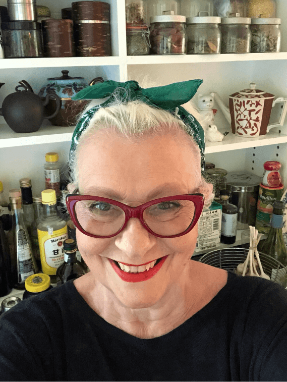 Ann with green schmatte